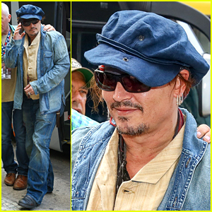 Johnny Depp Gets Ready to Rock in Rio