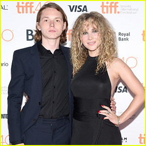 Juno Temple Joins Jack Kilmer For 'Len & Company' Photo Call in Toronto