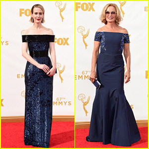 Sarah Paulson & Jessica Lange Bring 'Horror' to the Emmys!