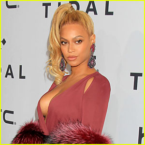 Beyonce Tells Her Red Carpet Fluffer to 'Stop It' (Video)