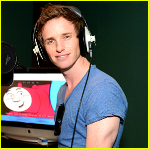 Eddie Redmayne Says He Still Rides the Subway Despite Fame