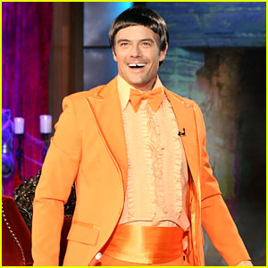 Josh Duhamel Is Jim Carrey's 'Dumb & Dumber' Character for Halloween!