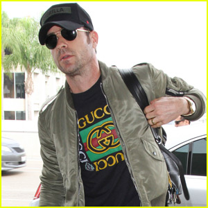 Justin Theroux Steps Out After 'Girl on the Train' Casting Rumors