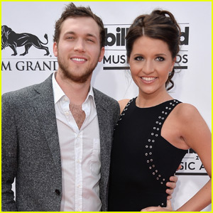 Phillip Phillips Officially Marries Hannah Blackwell!