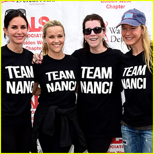 Reese Witherspoon & Renee Zellweger Walk to Fight ALS
