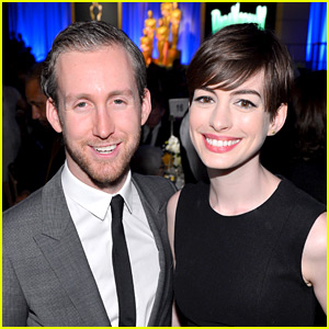 Anne Hathaway Is Pregnant, Expecting First Child with Ada