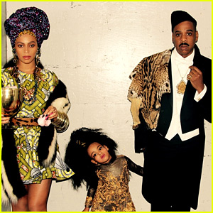 Beyonce Shares Family Halloween Photos with Jay Z & Blue Ivy!