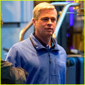 Brad Pitt Goes Back to Gray Hair on 'War Machine' Set ...