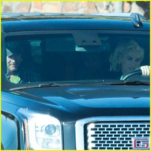 Gwen Stefani & Blake Shelton Take a Drive Together