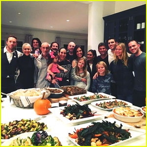 Gwyneth Paltrow & Chris Martin Reunite For Thanksgiving Feast