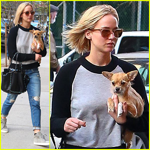 Jennifer Lawrence Takes a Post-Thanksgiving Stroll with Pippi!