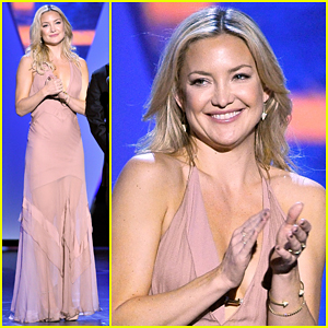 Kate Hudson Is Stunning Presenter At Breakthrough Prize Ceremony!