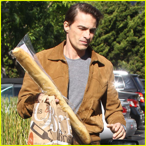 Olivier Martinez Picks Up a Baguette Before Thanksgiving Dinner