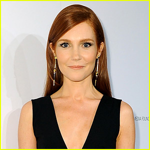 Scandal's Darby Stanchfield Is Married!