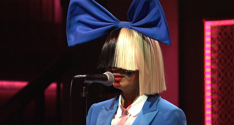 Sia Sings 'Alive' & 'Bird Set Free' on 'Saturday Night ...
