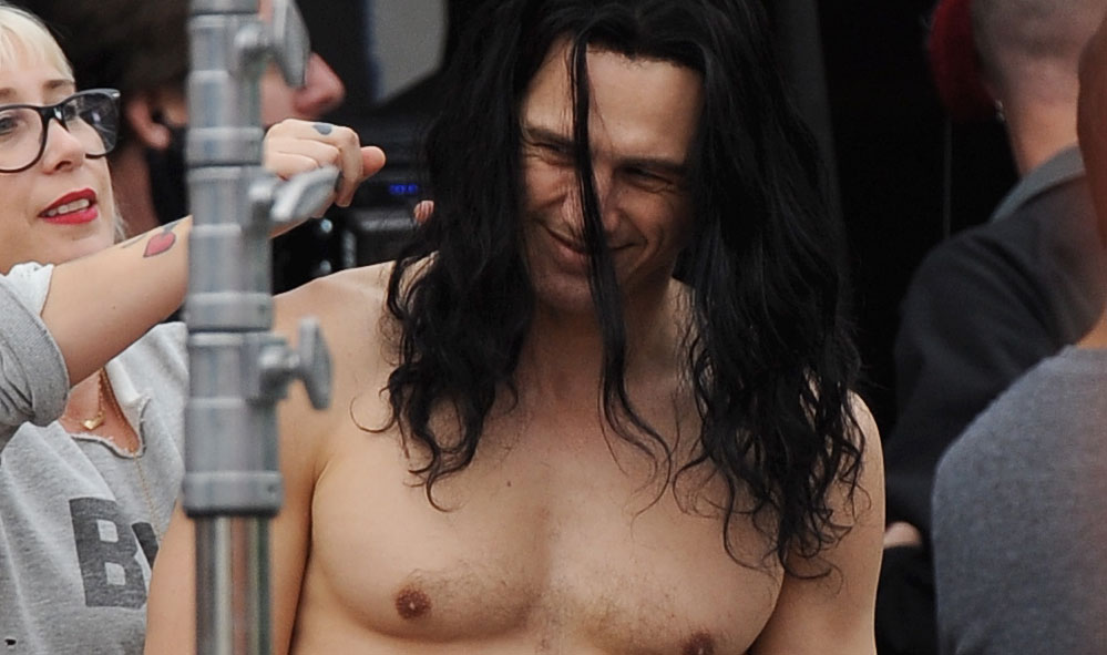 James franco goes shirtless flaunts abs for disaster artist james franco goes shirtless flaunts abs for disaster artist dave franco james franco movies seth rogen shirtless just jared thecheapjerseys Images