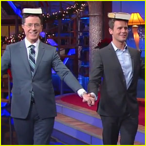 Jonathan Groff Teaches Stephen Colbert His 'Hamilton' Walk!