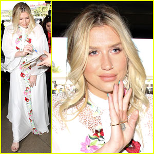 Kesha Shares Words of Wisdom For Bullied High School Students