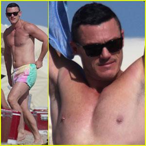 Luke Evans Shows Off Nipple Piercings While Shirtless in Miami