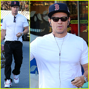 Mark Wahlberg Says Sleep is on His Christmas List This Year!