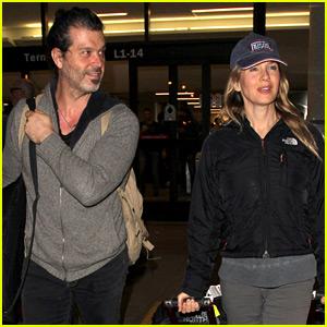 Renee Zellweger & Boyfriend Doyle Bramhall II Make it Back to Los Angeles