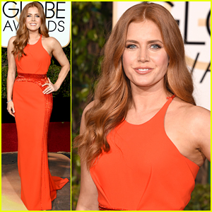 Amy Adams Looks Fabulous at Golden Globes 2016!