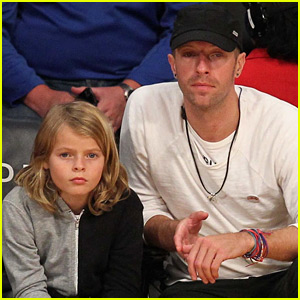 Chris Martin & Lookalike Son Moses Watch the Lakers Court Side!