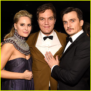 Michael Shannon & Rupert Friend Strike a Pose at SAG Awards 2016