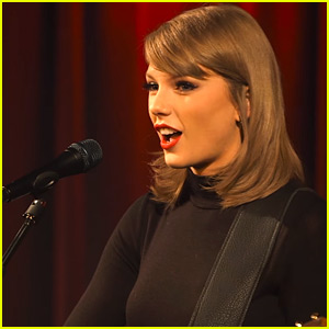 Taylor Swift Performs 'Blank Space' Acoustic Version! (Video)