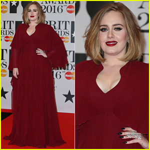 Adele Rocks Gorgeous Flowing Dress at BRIT Awards 2016