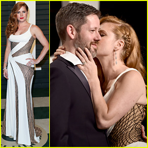 Amy Adams Plants Kiss on Partner Darren Le Gallo at Vanity Fair Oscar 2016 Party!