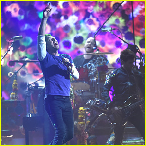 Coldplay's BRIT Awards 2016 Performance Video - WATCH NOW!