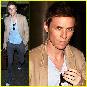 Eddie Redmayne Lands in L.A. Ahead of Oscar Weekend