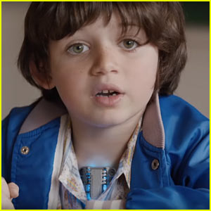 Hyundai Super Bowl Commercial 2016: Kid with V8 Engine Heart!