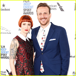 Jason Segel Brings Girlfriend Alexis Mixter to Spirit ...