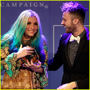 Kesha Gives Emotional Speech at HRC's Equality Dinner: 'Don't Be Afraid' to Speak Against Injustice