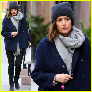 Rose Byrne Takes an East Village Stroll With Bobby Cannavale