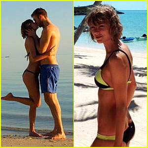 Taylor Swift & Calvin Harris Share Romantic Beach Vacation Pics
