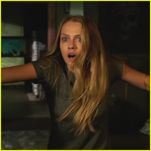 Teresa Palmer Is Haunted in Scary 'Lights Out' Trailer