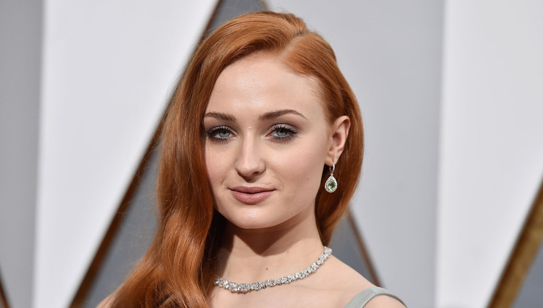 Sophie Turner Wants Sansa Stark Killed Off 'Game of ...