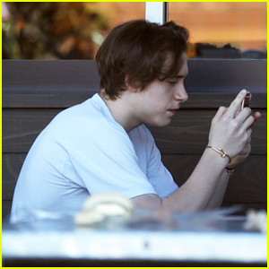 Brooklyn Beckham Keeps it Casual for Lunch With Friend