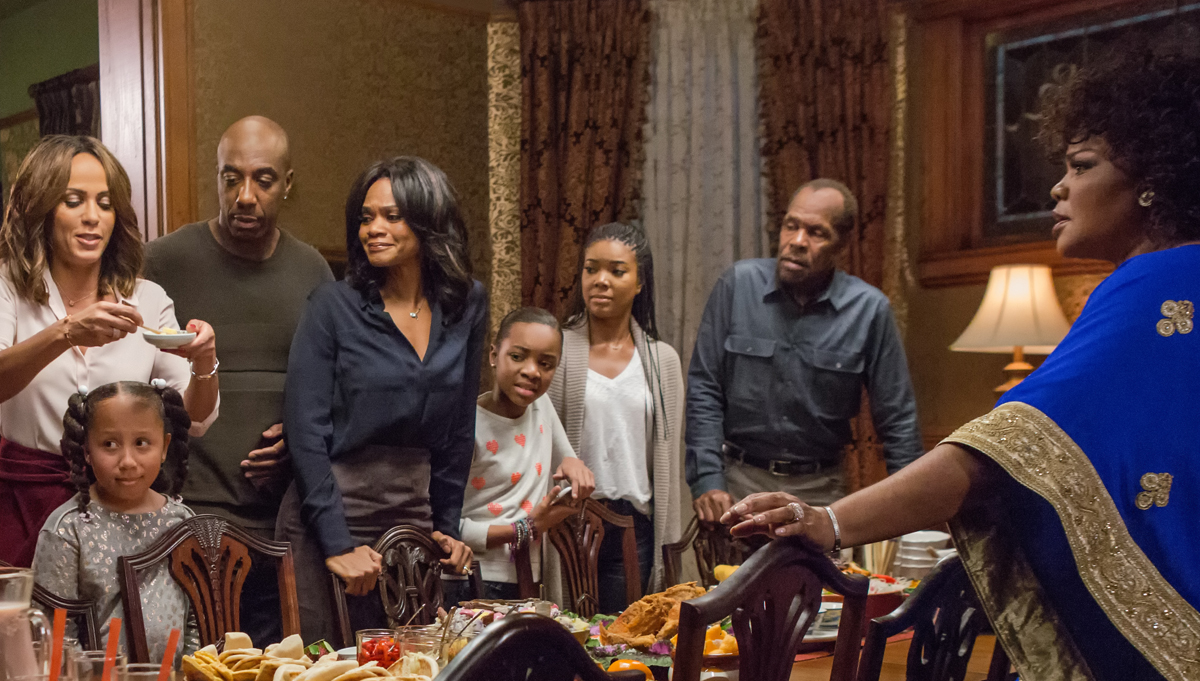 almost christmas trailer debuts online watch now almost christmas danny glover gabrielle union jb smoove kimberly elise mo nique - Almost Christmas Trailer