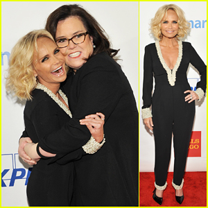 Kristin Chenoweth Gets Honored By Rosie O'Donnell At Straight For Equality Gala 2016!