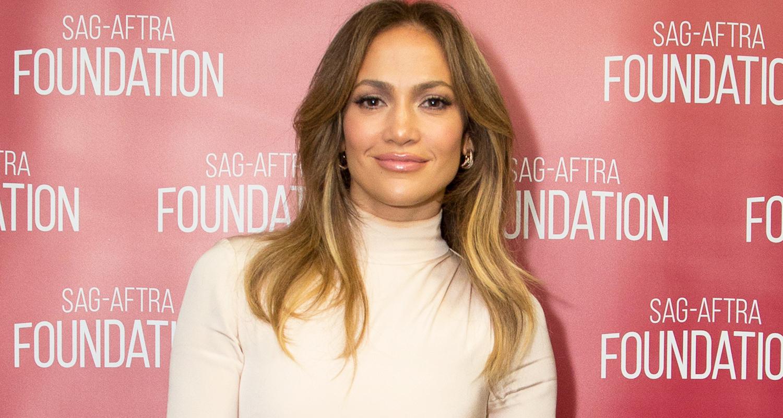 Rihanna Calls Jennifer Lopez \'The Baddest\' & Gifts Her Boots ...