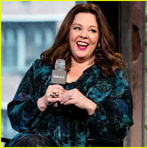 Melissa McCarthy's 'Gilmore Girls' Co-Star Says 'There's a Member of the Family Missing'