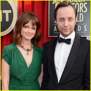 Alexis Bledel & Vincent Kartheiser Secretly Welcomed Son!