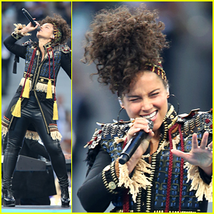Alicia Keys Performs at UEFA Champions League Final