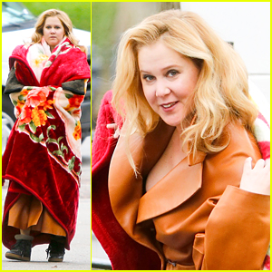 Amy Schumer Bundles Up for Central Park Photo Shoot