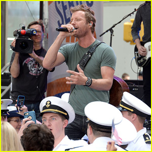 Dierks Bentley Dedicates 'Today' Show Performance to the Military