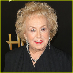 Doris Roberts Had a Stroke Before She Passed Away